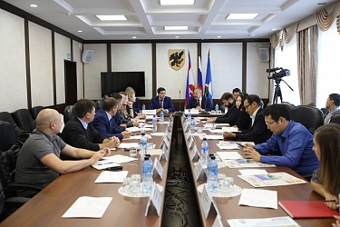 Yakutsk and Novosibirsk Develop Economic Cooperation