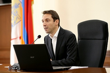 Yerevan for everyone: the Interview With Mayor Marutyan
